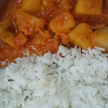 SPICY ALOO CURRY