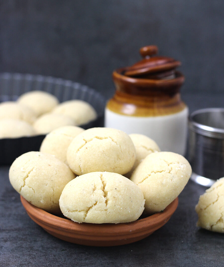 Nankhatai - Butter cookies, indian sweet dishes, Diwali sweets and snacks