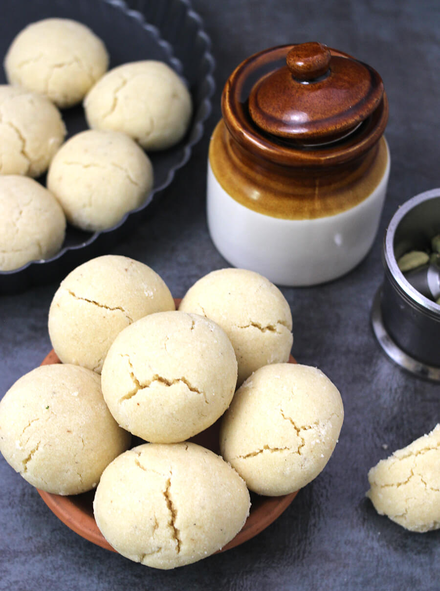 Recipe for Nankhatai Indian sweets using flour, whole wheat flour, ragi - Eggless cookies, vegan biscuits.