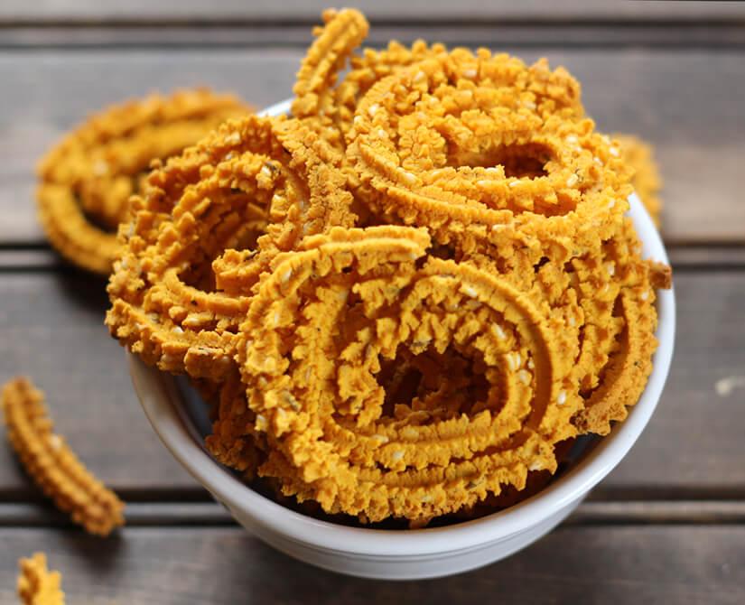 Chakuli or Murukku or Rice fritters / Chakli