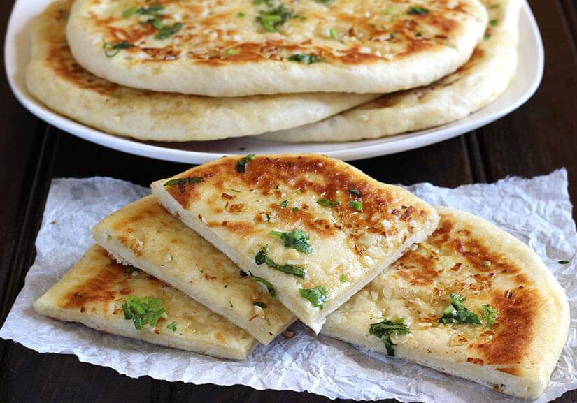 garlic cheese naan - cook with kushi