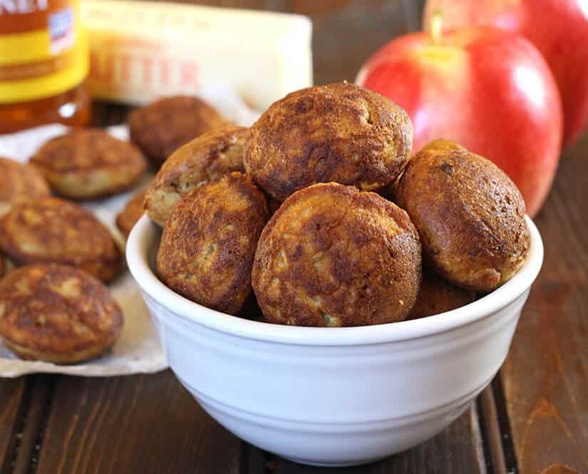 Apple Appo / Appe / Paniyaram, ganapati prasad, ashtami prasad, navratri sweets