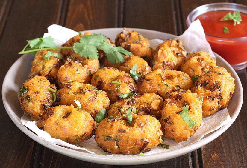 Leftover Rice Fritters / Pakoras / Pakodas Croqueetes