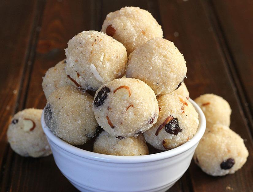 Rava Coconut Laddu / Coconut Treats / sooji ladoo / coconut ladoo / indian mithai /vrat , diwali