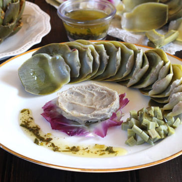 ARTICHOKE WITH GARLIC BUTTER DIP
