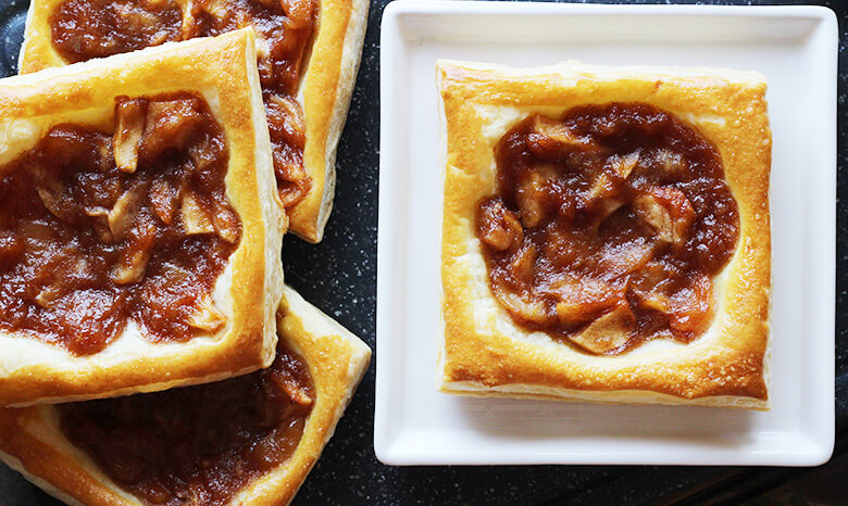 Apple tarts using Puff Pastry Sheets