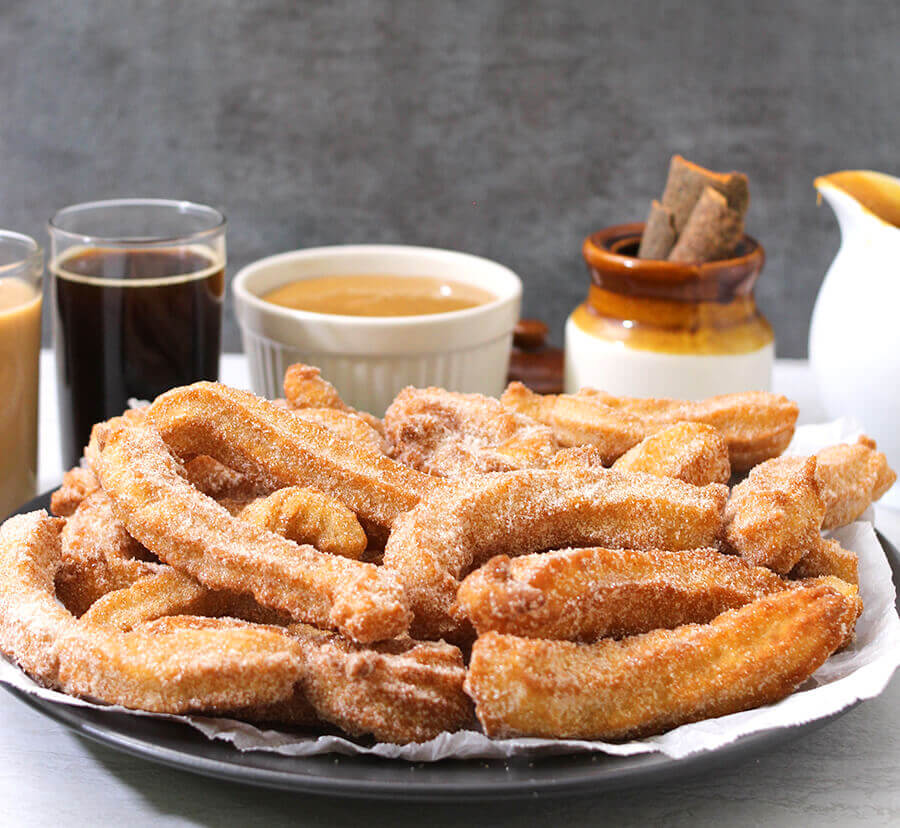 Churros withDulce De Leche / Mexican Fritters / Latin American Dessert / Spanish recipes / Mexican Recipes / Latin American Dessert / Thanksgiving Recipes / Christmas Recipes