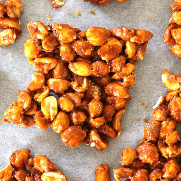 SWEET AND SPICY PEANUT BRITTLE