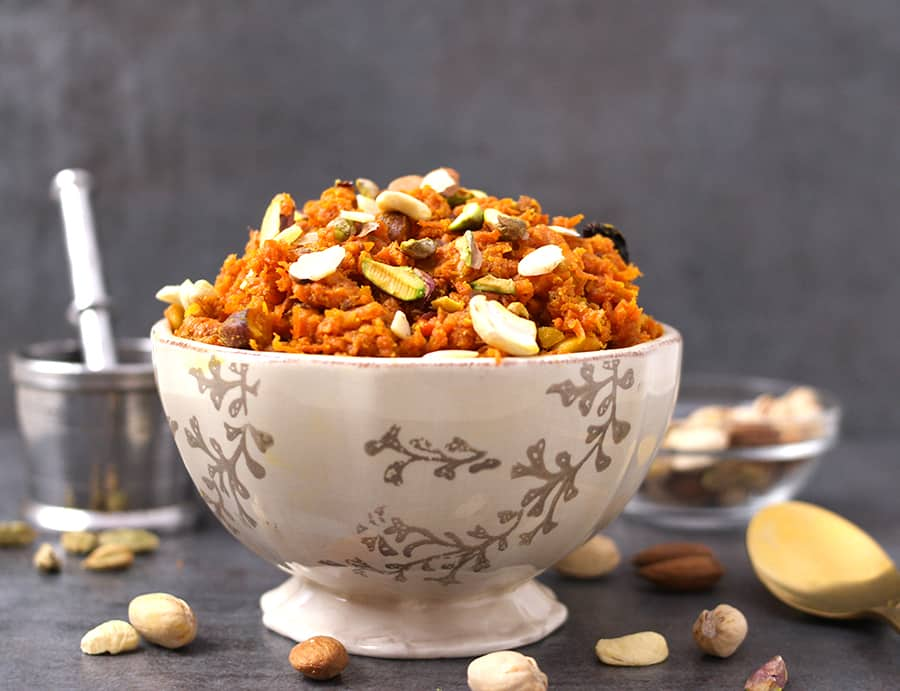 Gajar Ka Halwa, Gajar Halwa Indian popular Sweets,Indian desserts / Indian sweets with milk / south Indian sweets / North Indian sweets / gajar halwa with milkmaid / carrot halwa without milk / Instant pot carrot halwa / Vegan Carrot halwa