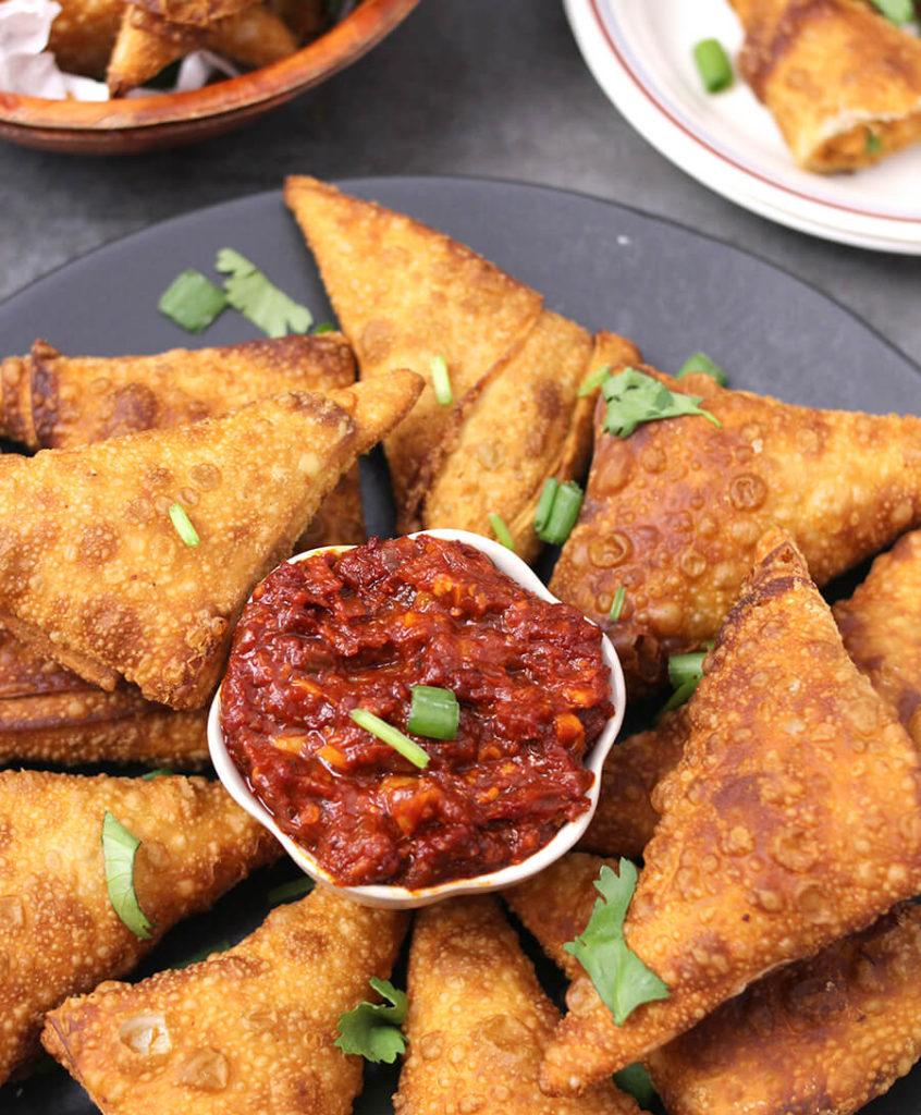 Schezwan Sauce Recipe / Indo-Chinese Recipe / SPicy Sauce Recipe / Hot Sauce Recipe / Pary Foods / Indian Food recipes / Schezwan Chicken / Gluten Free Recipes / Vegan Recipes / Homemade Sauce / Dip Recipes / SPicy Condiments for fries and chips