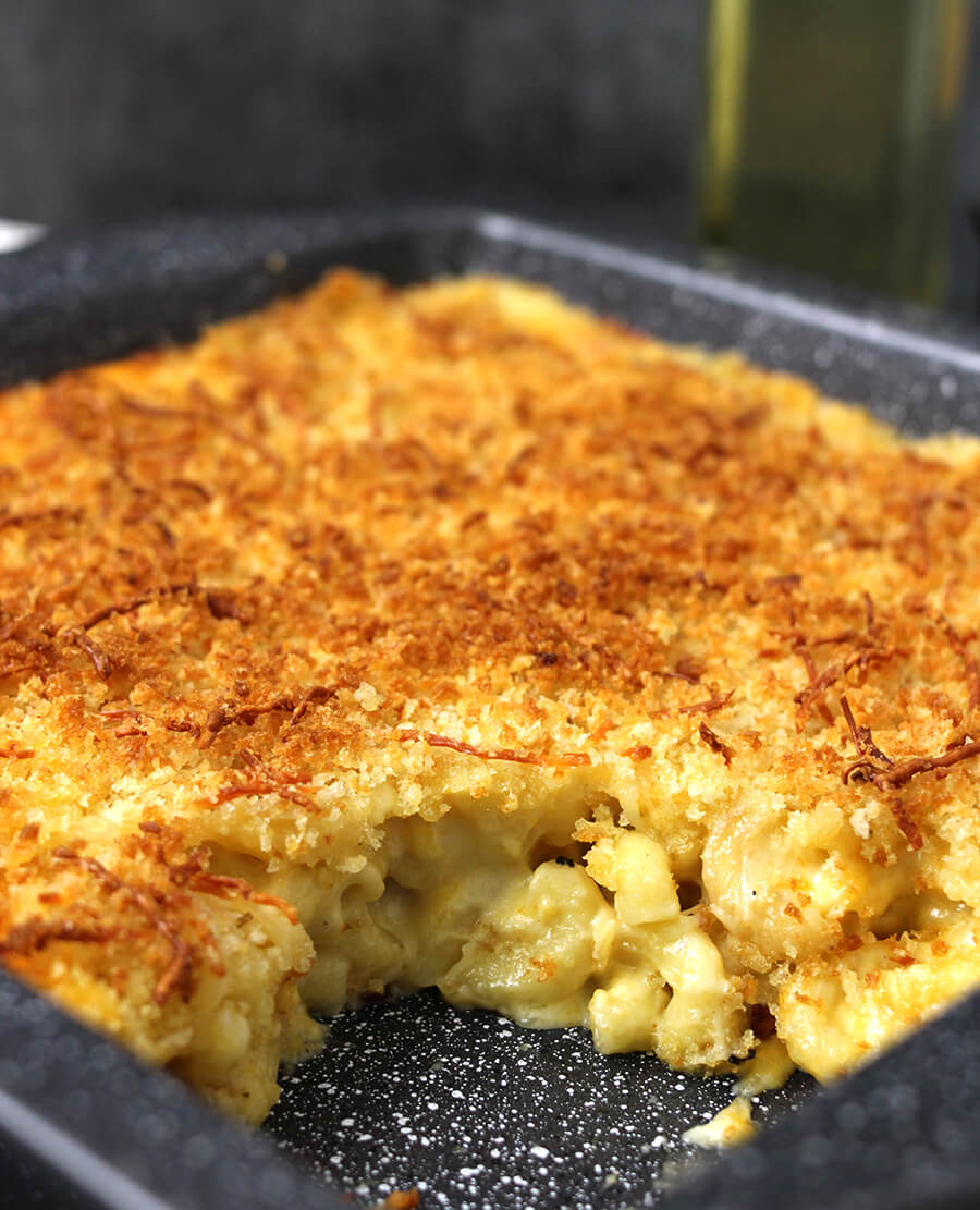 Mac and Cheese / Macaroni and Cheese / Best Baked Mac and Cheese / Kids friendly recipes / Dinner Recipes / Lunch box recipes / Weekday dinner / Elbow Macaroni / Best Pasta Recipes / Creamy Pasta / Kids Friendly Recipes / Summer Recipes / Party Food Recipes
