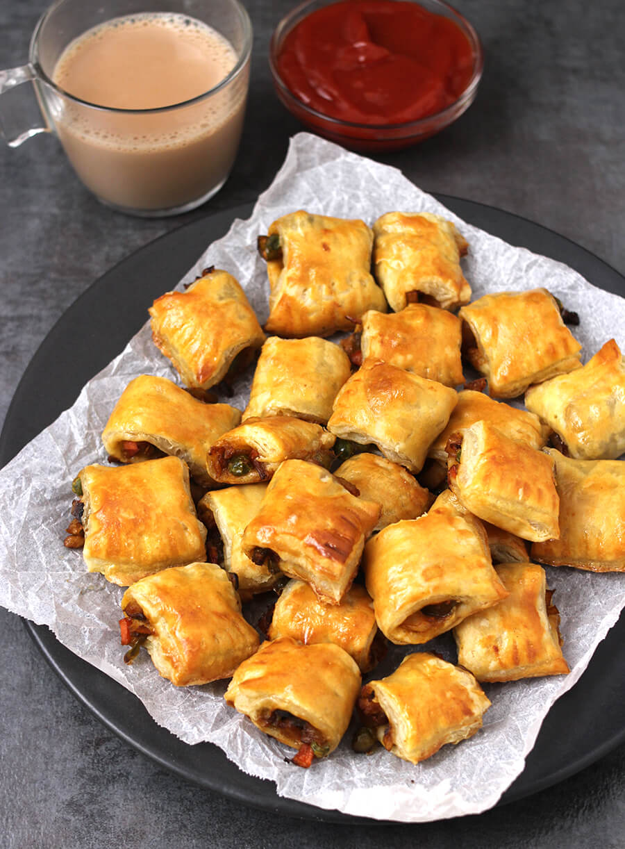 Veg puff Bites, Mini veg Puffs, Puff pastry recipes, Finger food, Party snacks, Party food