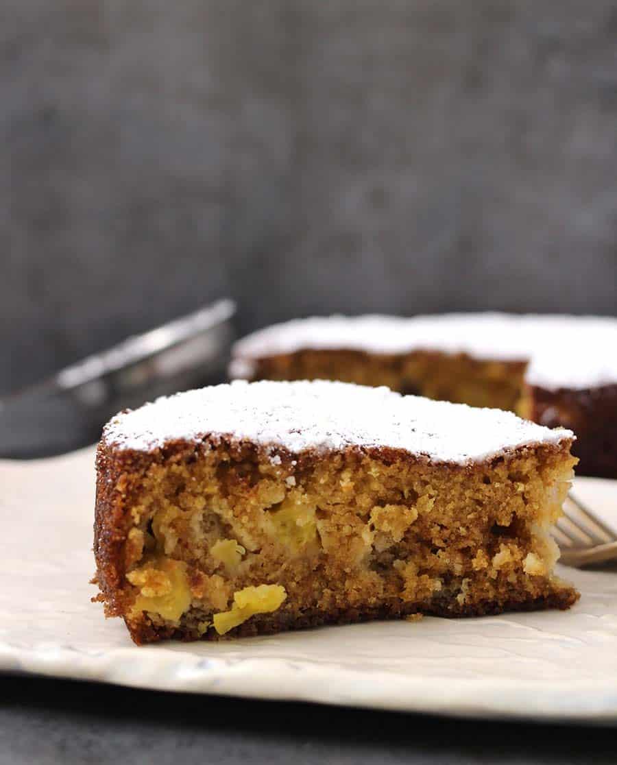 Pineapple Cake / Pineapple recipes / Holiday Baking / Easter Recipes / Christmas Recipes