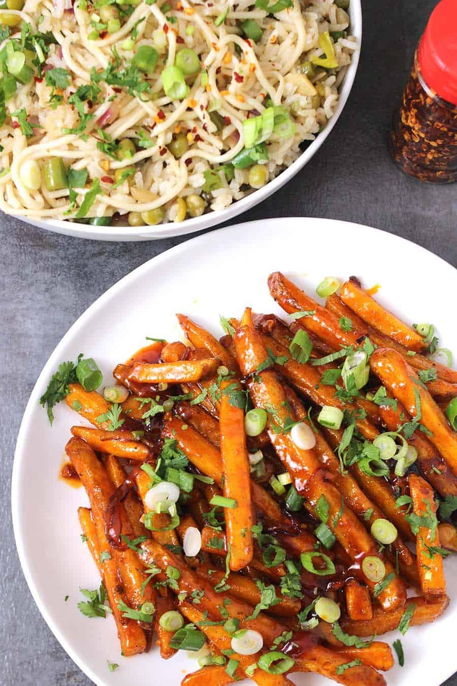 Honey Chilli Potatoes / Potato Sides / Potato Appetizer / Indian Potato Recipes / Christmas Dinner / Holiday Recipes, diwali recipes