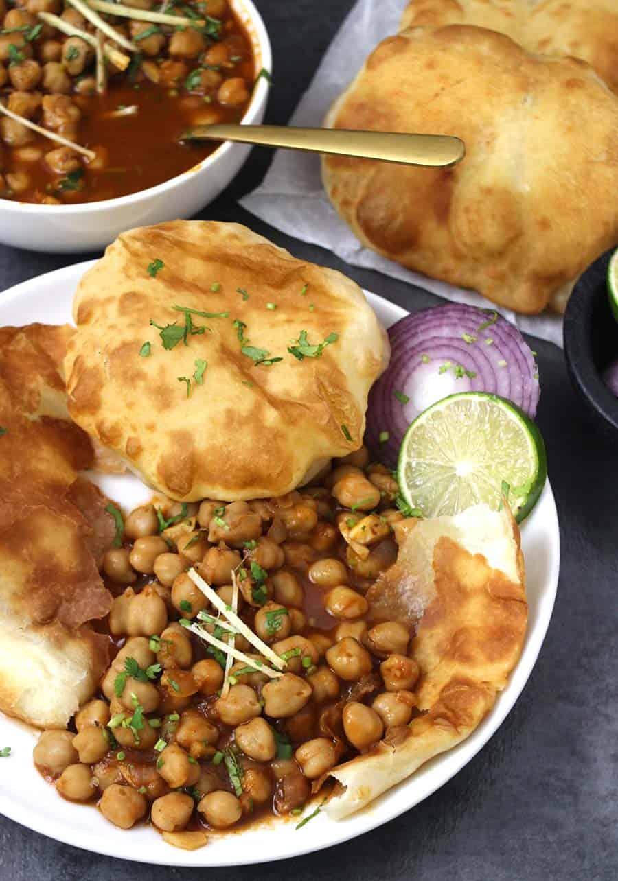 Chole Bhature / Easy Chana Masla