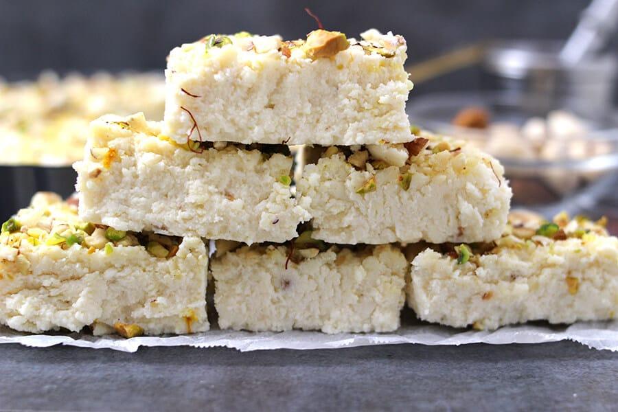 Kalakand quick and easy recipe for Diwali, Navratri, Christmas, Paneer Recipes