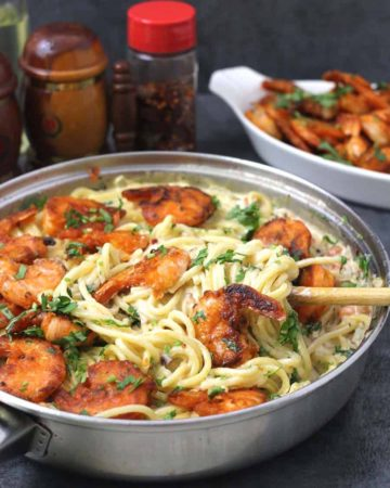 Classic shrimp scampi pasta recipe, cheesecake factory or bistro style main dish for dinner , lunch, weekend or weeknight meal