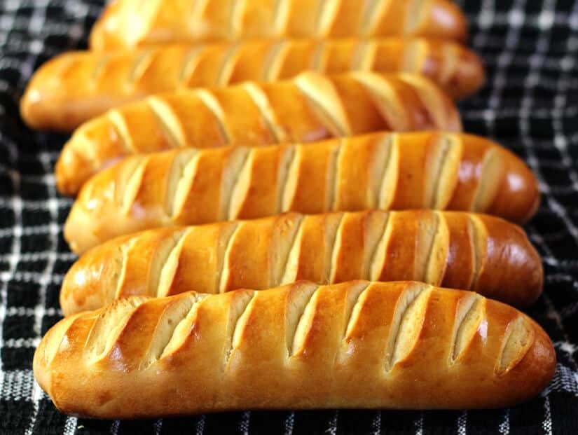 Vienna Bread or Pain Viennois - austrian Bread rolls, Sandwich Bread , Zopf, Challah Bread , Christmas, thanksgving breakfast, brunch, dinner recipes, Sourdough Vienna