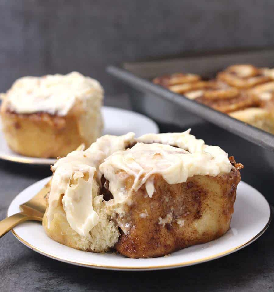 Cinnamon rolls homemade from scratch, Thanksgiving, christmas and easter breakfast recipe, sweet bread, sweet buns, morning buns, yeast rolls recipe, cinnamon sticky buns