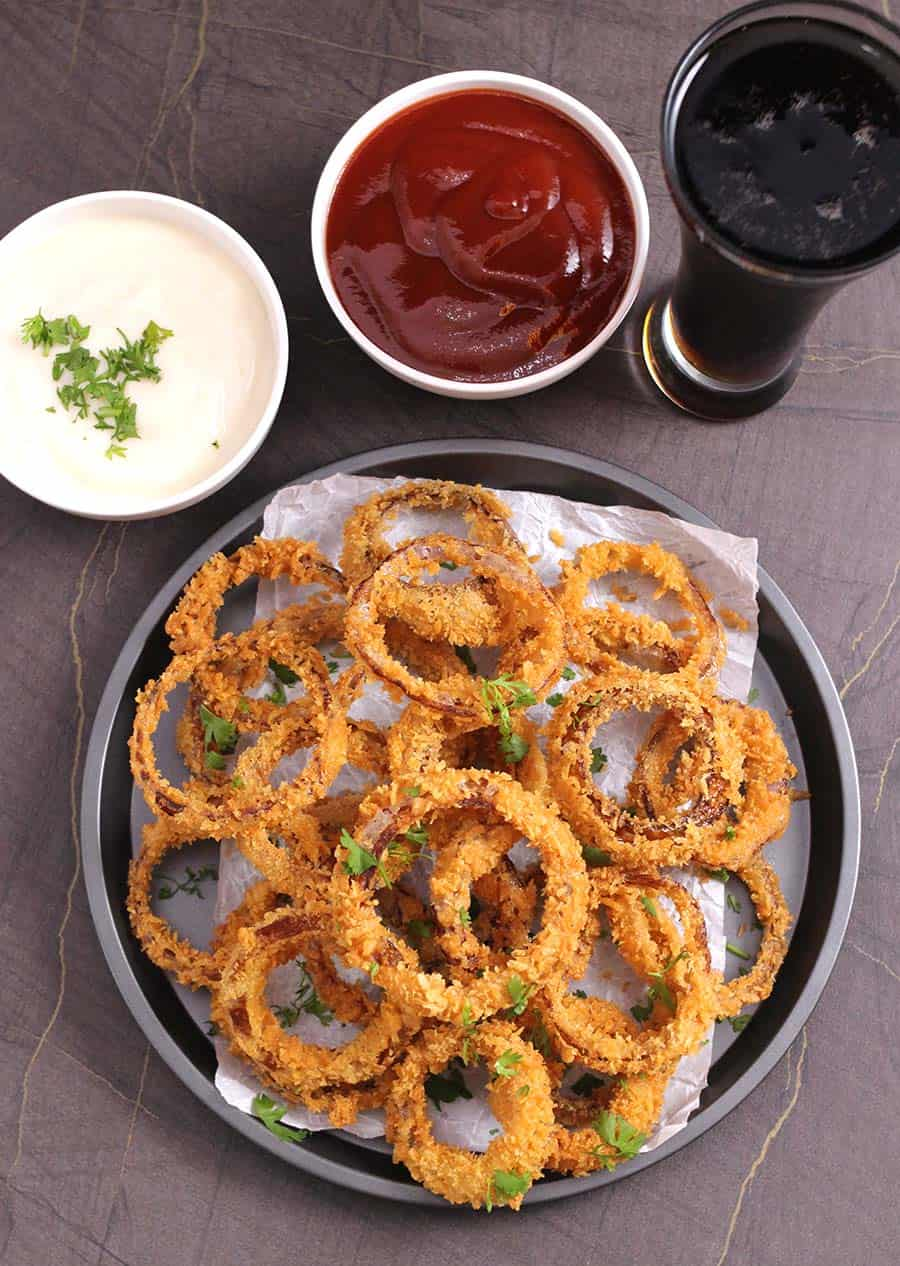 Best Homemade Extra Crispy Onion rings, eggless vegan air fryer onion rings, beer battered onion rings, football food, super bowl food, game day food, party appetizers, picnic, tailgate food, popular finger foods, march madness