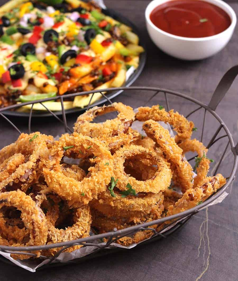How to keep onion rings crispy and not soggy, vegan, keto eggless, vegetarian sides, appetizers, finger foods for football, party, super bowl, game day, 4th of july, march madness
