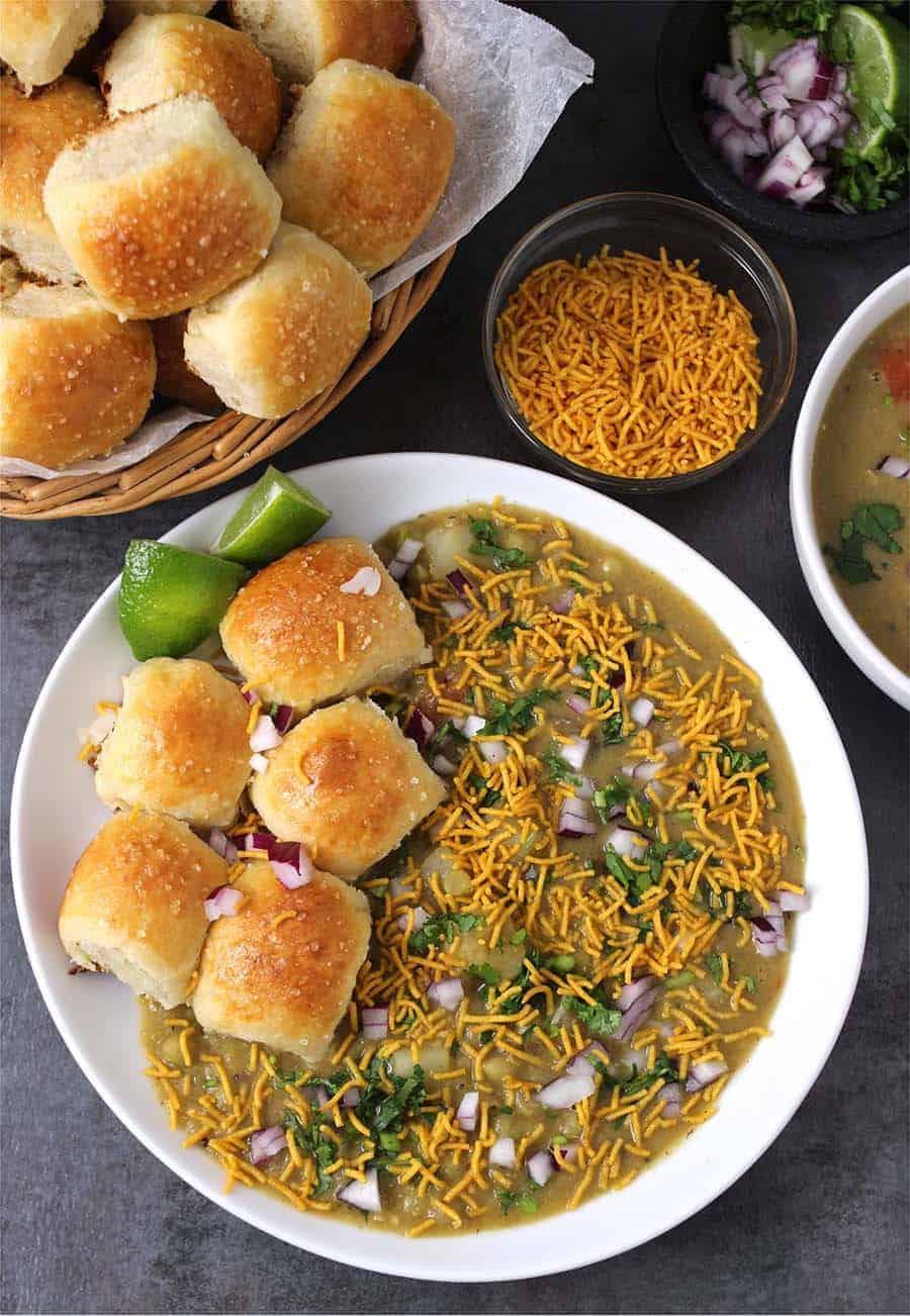 Misal Pav, Maharashtrian , diwali snacks recipes, popular indian street food and chat recipes, evening snacks