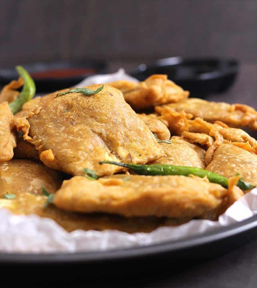 Banana Pakora , zucchini, keto, vegan, dairy free, filipino, jamaican, japanese #fritters #pakoda #streetfood