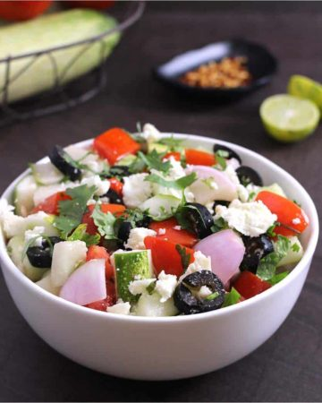Best and Easy Greek Salad, horiatiki salad, Summer salad recipes, mediterranean salad, quinoa or couscous salad, vegan and vegetarian side dishes for lunch and dinner, 4th of july recipes, keto, weight loss, diet food recipes, panera salad #salad #summer #summerveggies #summervegetables #healthyfood