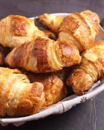 asy, quick best homemade french butter croissants recipe from scratch #frenchpastries #Breakfastpastry